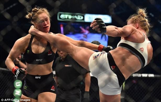 Holm Rousey Kick