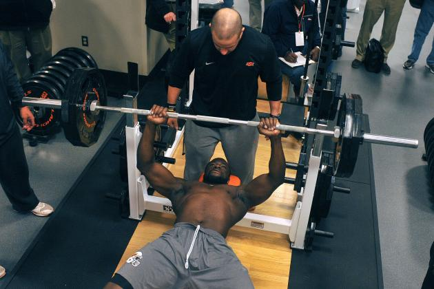 bench press athlete