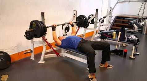 resistance band bench press
