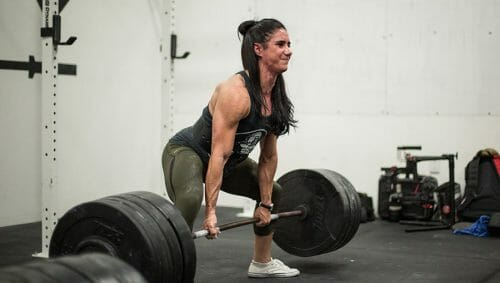 Powerlifter Stefi Cohen Deadlifts 4 Times Her Bodyweight