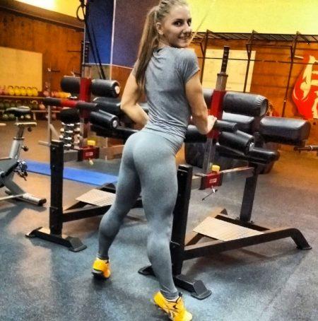 Alexandra Albu hot