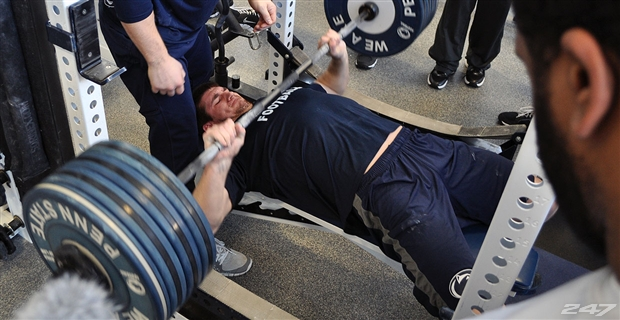 Bench press football training