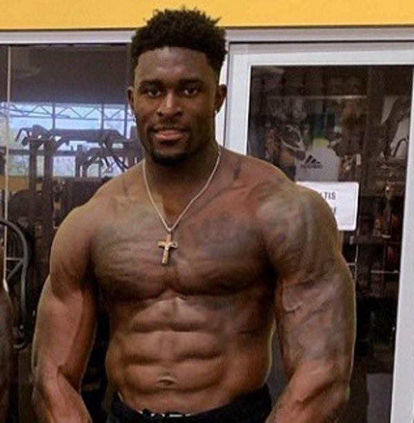 DK Metcalf muscle