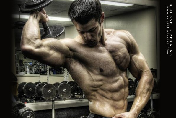 Ripped fitness model robbie sardinia