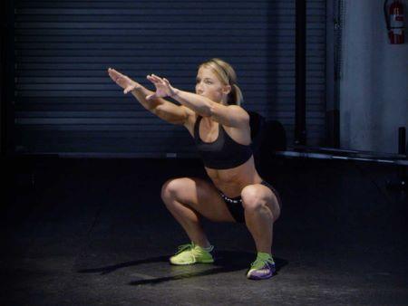 air squat girl